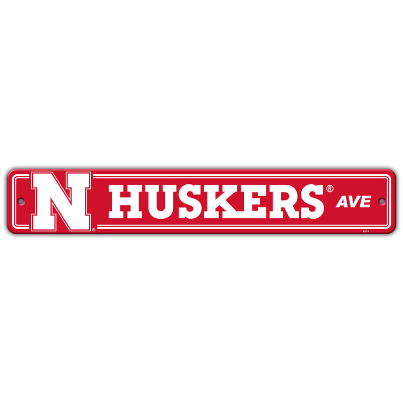 Wall Decor/Sports/HUSKERS
